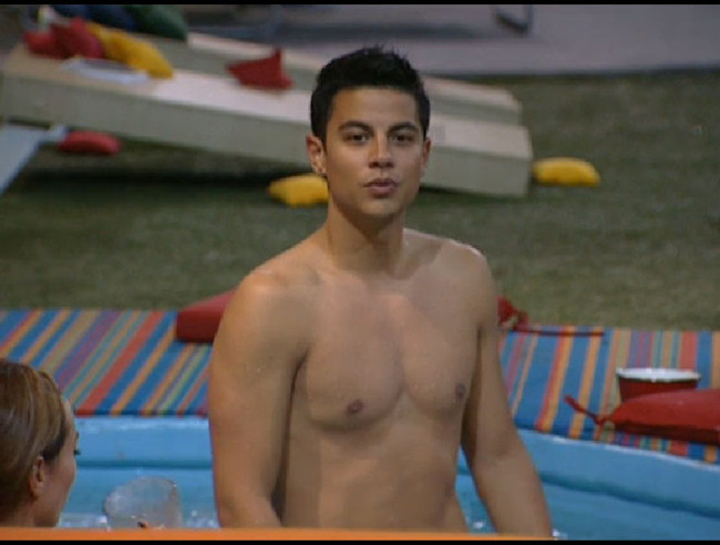 Big Brother 13 Dominic Briones chest pics